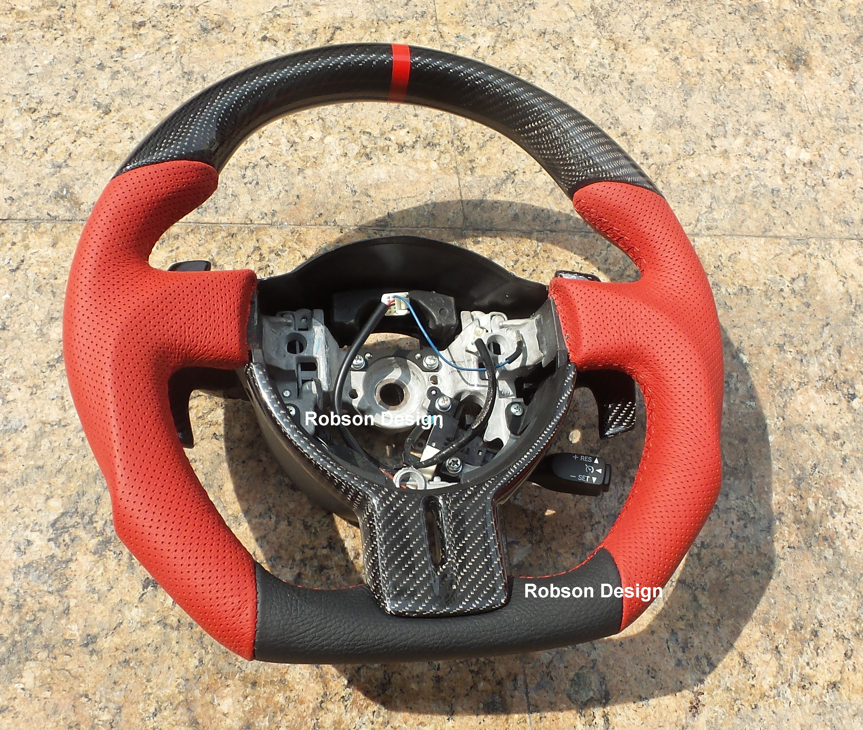 Toyota 86 Steering Wheel With Carbon Fiber Robson Design