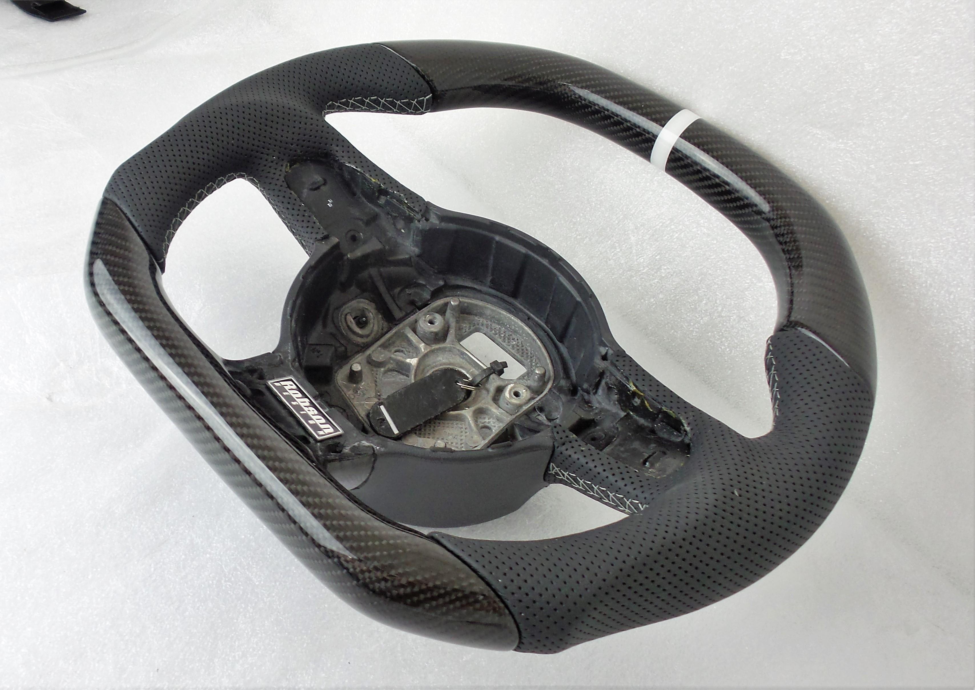 Audi R8 Steering Wheel In Carbon Fiber Robson Design Carbon Fiber